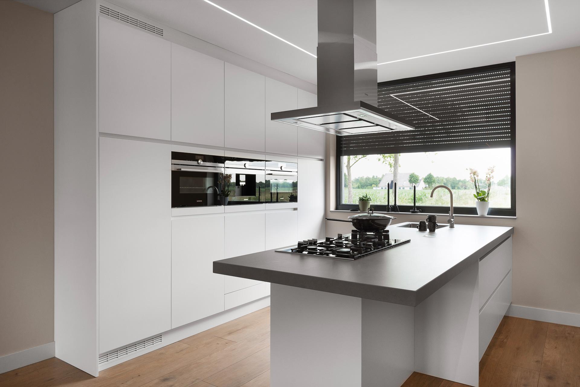 maatwerk weert jm interieurbouw maatkeukens interieur traprenovatie badmeubels