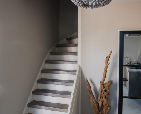 Traprenovatie licht betontraprenovatie Weert jm interieurbouw
